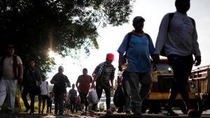 Auch Fox News sendet Trumps Migrantenhetze nicht mehr