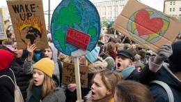 Tausende Schüler schwänzen fürs Klima