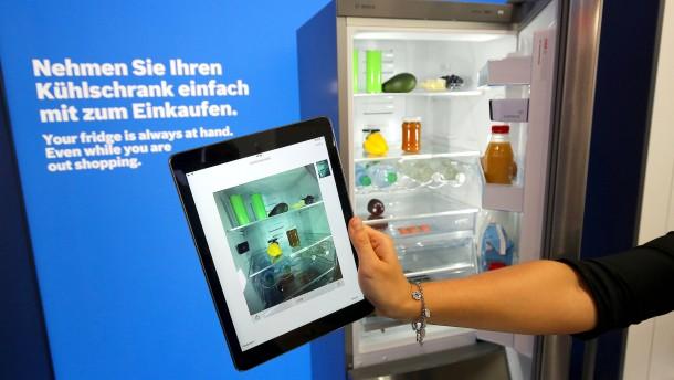 Der digitale Handlanger Mykie hilft beim Kochen