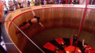 Motorradstunts an der Wall of Death