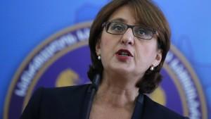 Außenministerin tritt in Sorge über Europakurs zurück