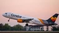Blieb einen Tag noch auf Kreta: Condor-Flugzeug nach Bombendrohung.
