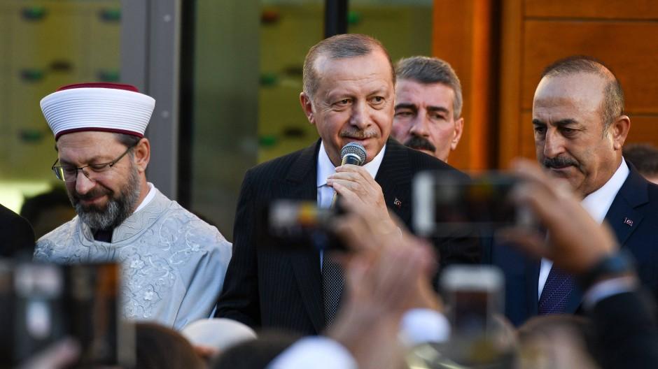 Erdogan spricht 2018 bei der Eröffnung der DITIB-Zentralmoschee in Köln