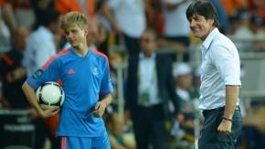 EURO 2012 - Löws Spaß mit dem Balljungen