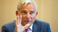 Der baden-württembergische Innenminister Thomas Strobl (CDU) stellt klare Forderungen beim Thema Abschiebung.