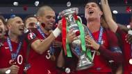 Momente puren Glücks: Portugal erlöst sich mit dem EM-Titel.