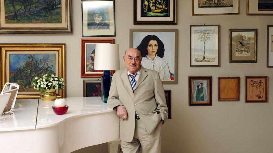 Artur Brauner 2008 in seinem Wohnhaus in Berlin.