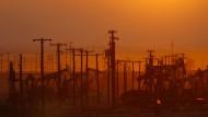 Fracking Ölförderung im kalifornischen Öl-Gebiet Monterey