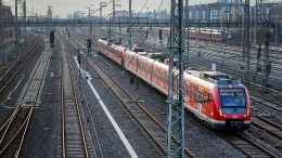 Hunderte Pendler kommen nicht nach Frankfurt
