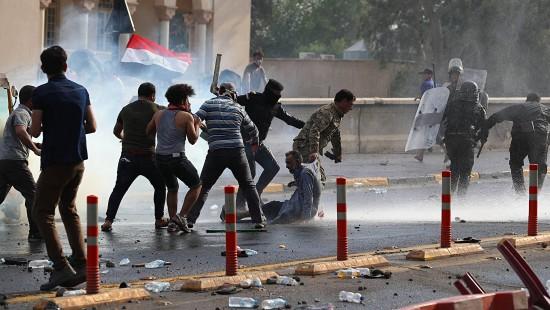 Schüsse und Tränengas gegen Demonstranten im Irak