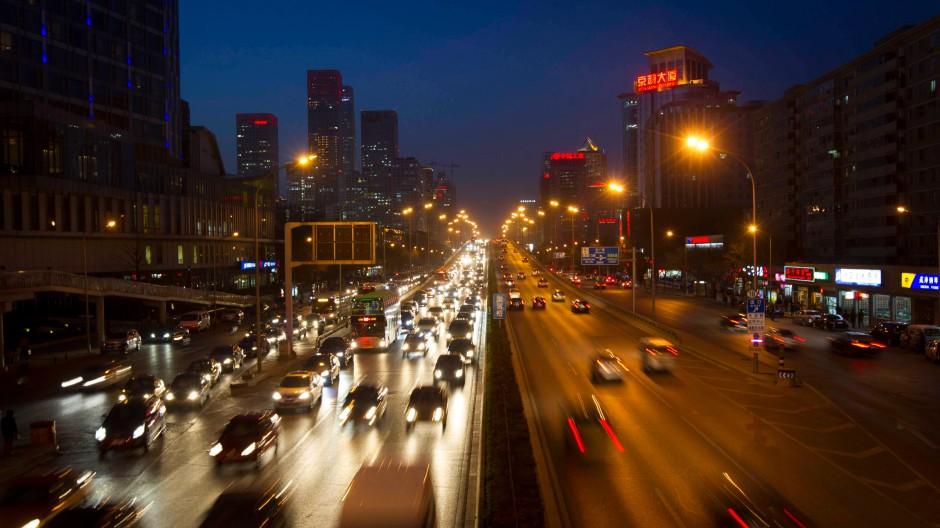 China ist in der Wirtschaft und im Finanzwesen eine Weltmacht. Jeder politische Richtungswechsel wirkt sich somit auch international aus