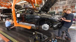 BMW konkretisiert Pläne nach hartem Brexit