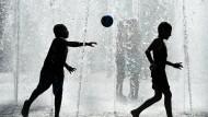 """""""Kinder in Industriestaaten verbrauchen 30-mal so viele Ressourcen wie Kinder in Entwicklungsländern"""""""