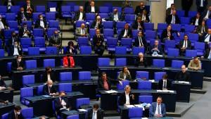 AfD zieht im Maskenstreit zurück