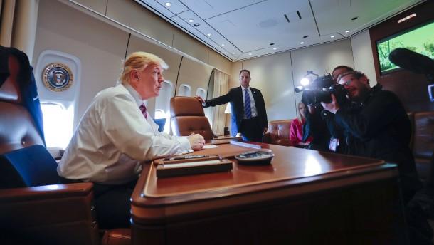 Trump droht mit 20-Prozent-Strafzoll auf Produkte aus Mexiko