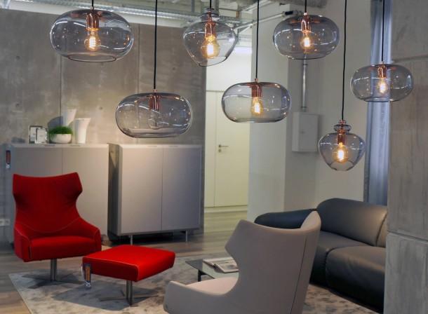 bild zu m belkauf auf kredit bild 1 von 1 faz. Black Bedroom Furniture Sets. Home Design Ideas