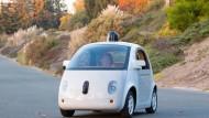 Google: Elf kleinere Unfälle mit selbstfahrenden Autos