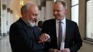 Wann kommt es zum großen Knall wegen der Target-Salden? Das fragen sich Hans-Werner Sinn und Clemens Fuest vom Ifo-Institut.