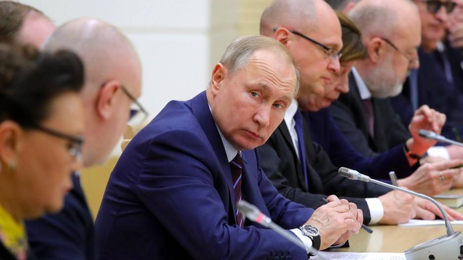 Russland unter Präsident Putin hat schon in der Vergangenheit Entscheidungen internationaler Gerichte nicht umgesetzt.