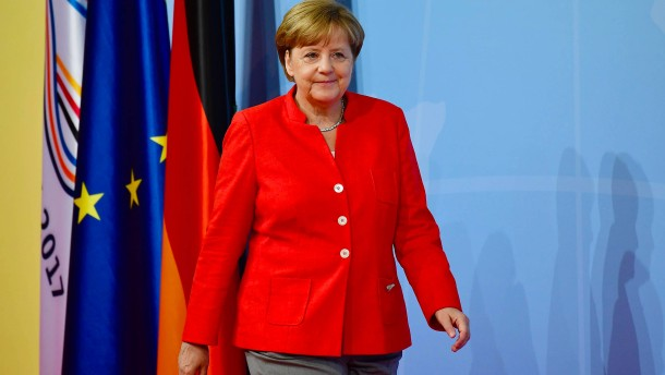 Merkel kämpft gegen die Killerkeime