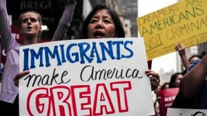 Demokraten gegen Trumps Vorstoß zur Einwanderungspolitik
