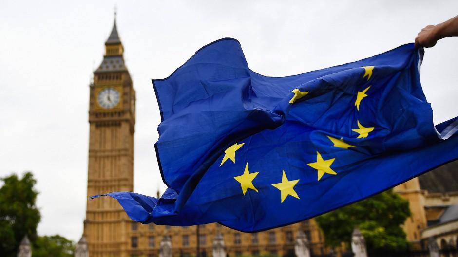 Die EU-Austrittsverhandlungen Großbritanniens lassen auch Deutschland nicht unberührt und erfordern eine klare Positionierung der Politik.