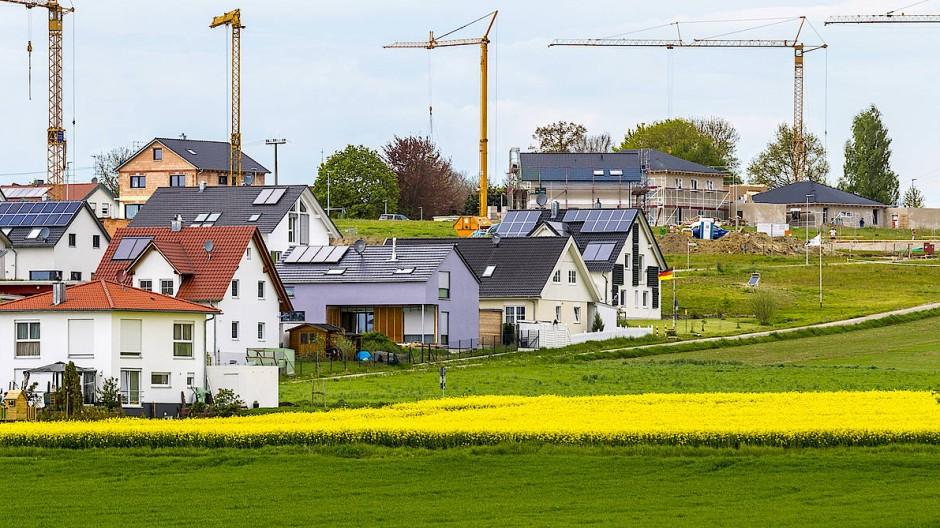 Neubaugebiet am Feldrand: Für Frühsport im Grünen gibt es bald keine gute Ausrede mehr.