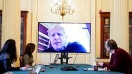 Der britische Premierminister Boris Johnson bei einer Videokonferenz am 28. März. Johnson befindet sich nach seiner Covid-19 Erkrankung in Isolation.