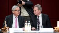 Die Väter des EU-Haushalts: Kommissionschef Jean-Claude Junker (links) und Haushaltskommissar Günther Oettinger.