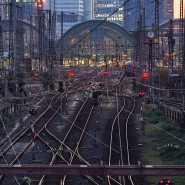 Nach Frankfurt führen viele Gleise – und es sollen in den nächsten Jahren noch mehr werden.