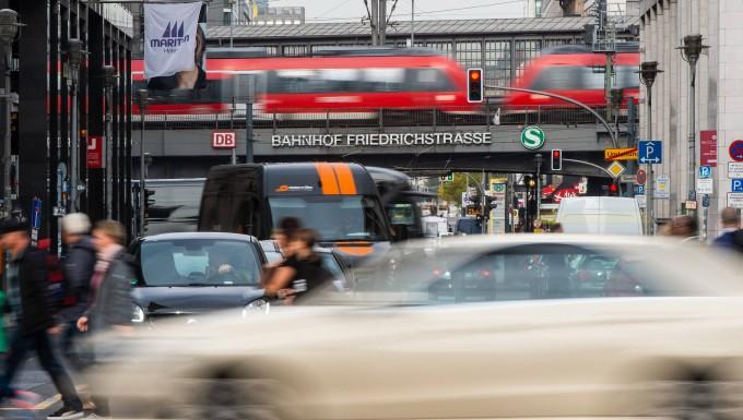 Betrugsverdacht Diesel Razzia Bei Opel In Rüsselsheim