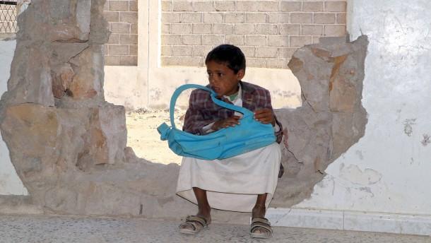 Fast eine halbe Million Kinder hungern im Jemen