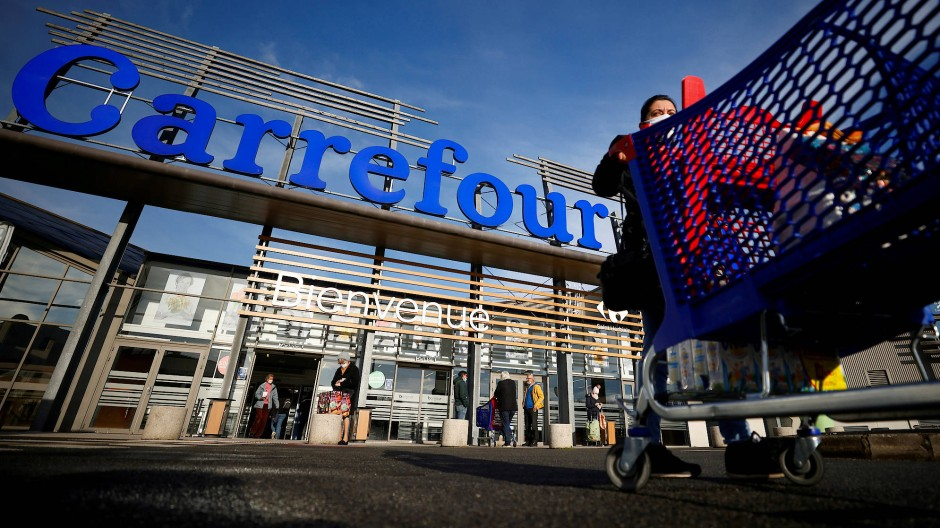 Ein Carrefour-Supermarkt in Nantes