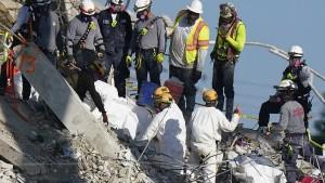 Weitere Leichen nach Hauseinsturz in Miami gefunden