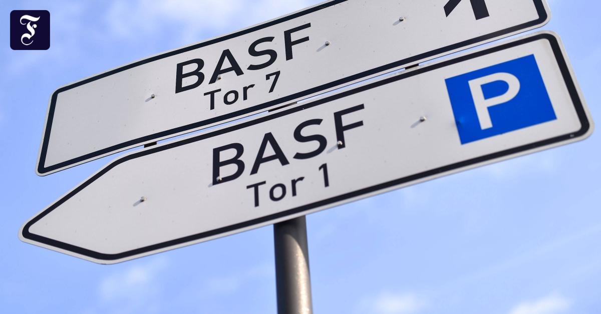 The chemical company BASF announces massive job cuts