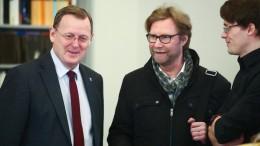 Vertrag für rot-rot-grüne Minderheitsregierung fertig