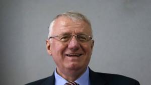 UN-Tribunal spricht Vojislav Šešelj frei