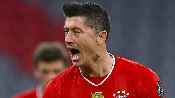 Lewandowski und sein Vertreter treffen – Bayern mühelos im Viertelfinale