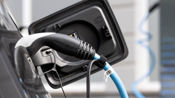 Fördersumme für E-Autos nimmt 2020 stark zu