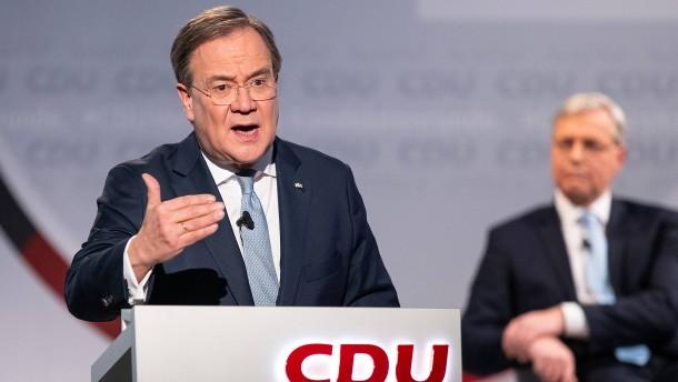 Laschet widerspricht Röttgen und umgarnt FDP
