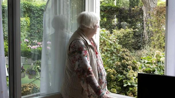 Ältere Menschen fühlen sich einsam