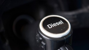 Autokäufer misstrauen dem Diesel