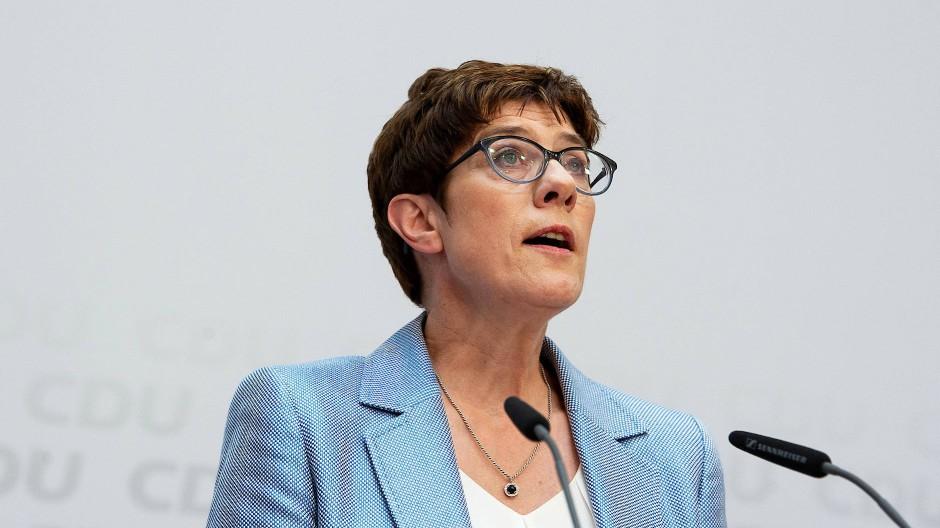 Hin und wieder bricht die Wunde auf: Hat die CDU mit Annegret Kramp-Karrenbauer auf die Richtige gesetzt?