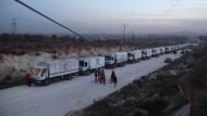 Ein Hilfskonvoi in der syrischen Provinz Idlib