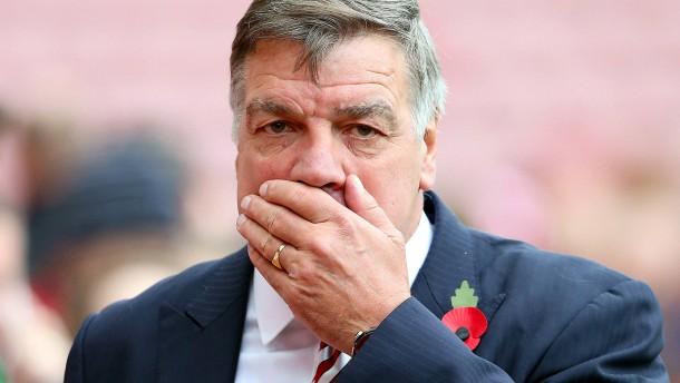 Englischer Nationaltrainer soll zu Betrug angestiftet haben