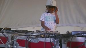 Sechsjähriger rockt Südafrika