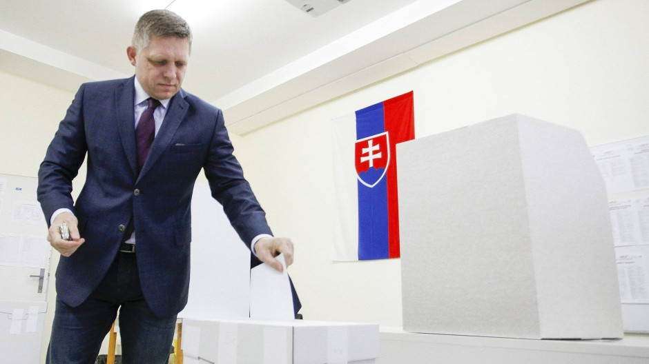 Ministerpräsident Robert Fico gewinnt Wahl in Slowakei