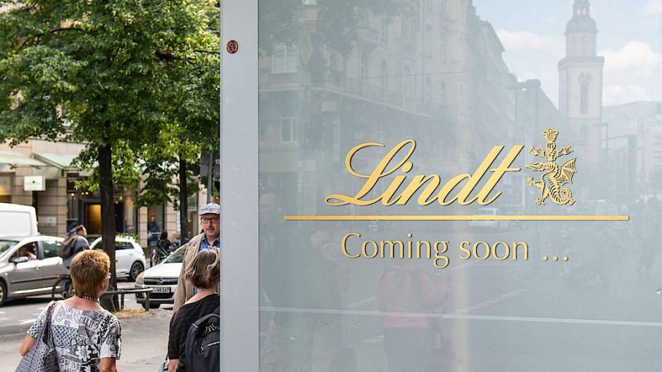 Der Schokoladenhersteller Lindt kommt mit seiner deutschlandweit größten Filiale an die Kaiserstraße.
