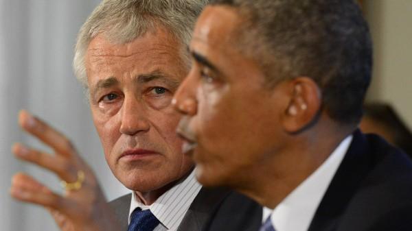 """Ist die """"rote Linie"""" jetzt wirklich überschritten? Präsident Obama mit Chuck Hagel"""