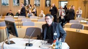 Zeuge zur Silvesternacht widerspricht NRW-Innenminister
